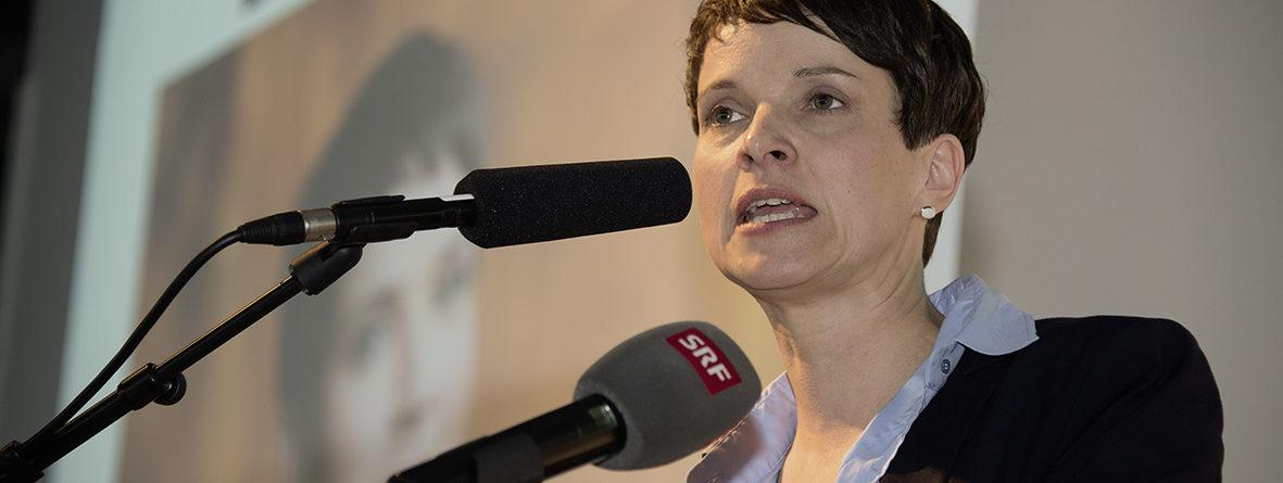 Frauke Petry: Politik und Politiker – bitte mit Charakter!